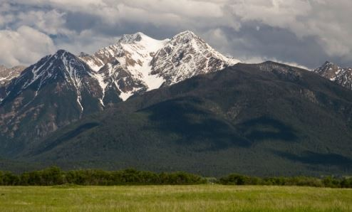 Mountain Peaks in Montana